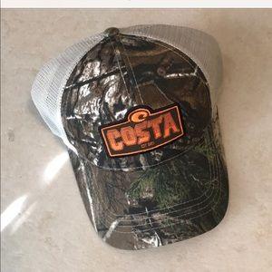 Costa Hat